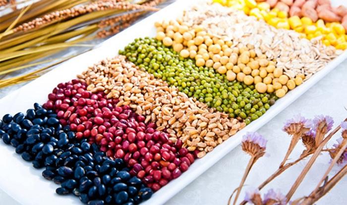 Đậu đen, đậu đỏ, đậu xanh, đậu tương và mè đen là 5 loại ngũ cốc tăng vòng 1 tự nhiên