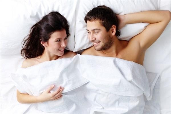 Spermen tăng cường sinh lực được không? Chuyên gia giải đáp