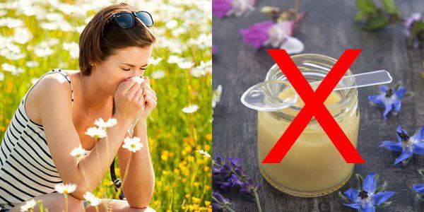 những người không nên uống sữa ong chúa, có nên uống sữa ong chúa thường xuyên, tác hại khi dùng sữa ong chúa, những người không nên dùng sữa ong chúa, ai không nên uống sữa ong chúa, người già có nên uống sữa ong chúa, sữa ong chúa kỵ với gì, người không nên uống sữa ong chúa, những người không được uống sữa ong chúa, sữa ong chúa không phải ai cũng dùng được
