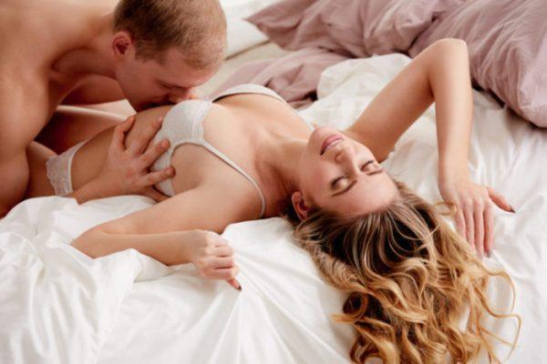 chồng sinh lý mạnh, nhận biết đàn ông mạnh sinh lý, bạn trai có nhu cầu sinh lý cao, nhu cầu sinh lý đàn ông, đàn ông ham muốn cao, sinh lý đàn ông tuổi 30, cách nhận biết đàn ông lâu ngày không quan hệ, tướng đàn ông có nhu cầu cao