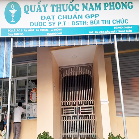 Quầy thuốc Nam Phong
