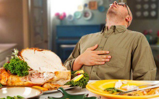 Không nên sử dụng các thực phẩm khó tiêu vì dễ gây đầy bụng