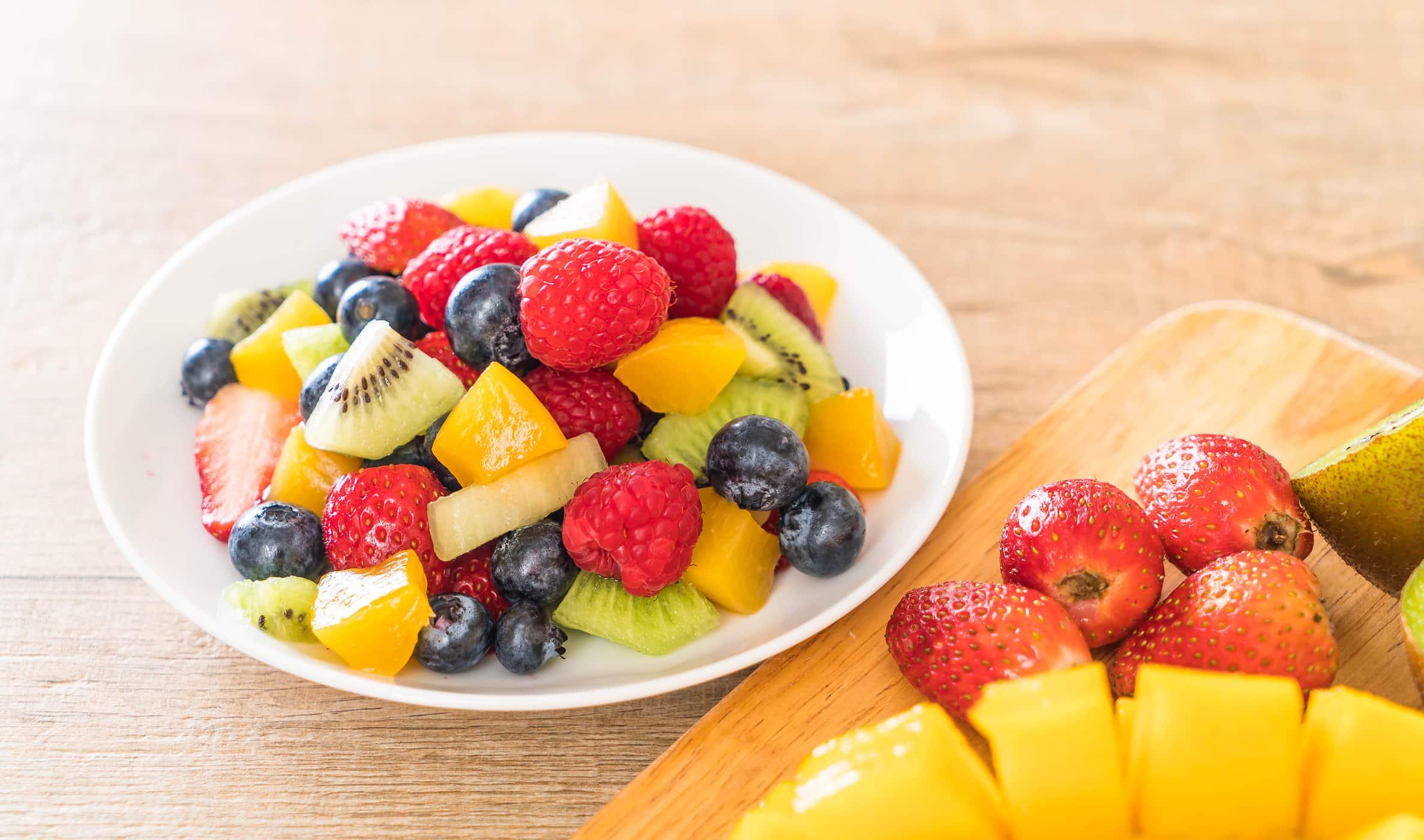 Những loại trái cây có màu vàng, đỏ rất tốt cho người u xơ tử cung