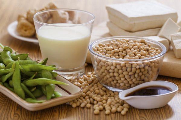 Đậu nành là loại thực phẩm bổ sung nội tiết tố rốt nhất, đặc biệt là mầm đậu nành